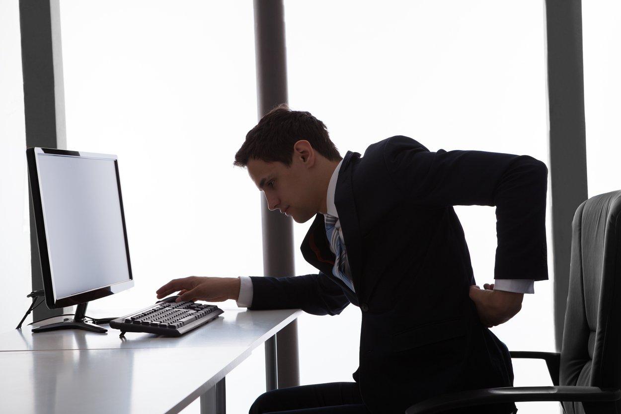 postura correcta en la oficina